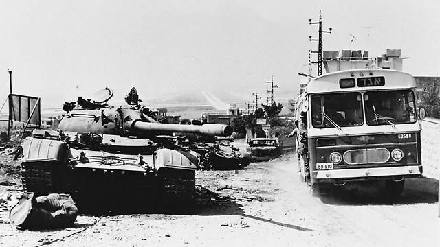 1982 - לבנון, במלחמת שלום הגליל (ארכיון אגד) (ארכיון אגד)