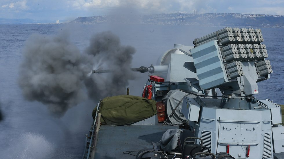 Israel Navy ship in live fire excersize (Photo: Gadi Gabalo)