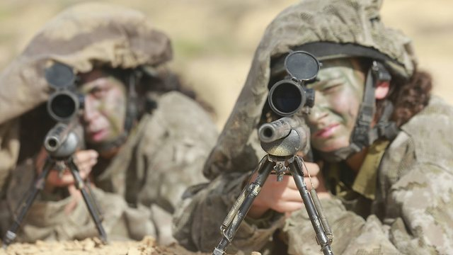 Watch out ISIS - Karakal female snipers on the boder with Sinai (Photo: Gadi Gabalo)