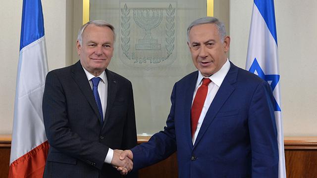Netanyahu and Ayrault (Photo: Kobi Gidon, GPO)