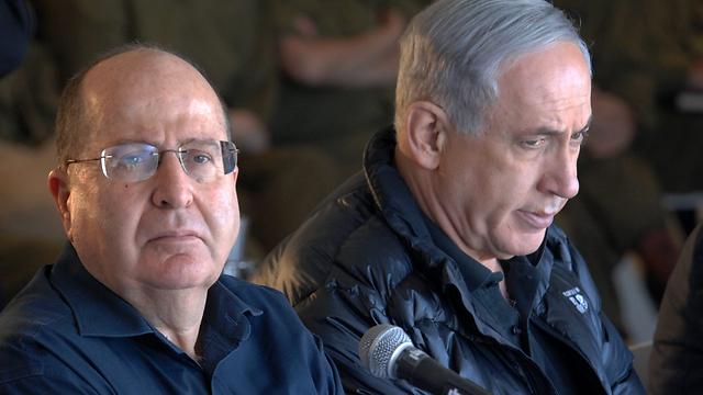 """רה""""מ נתניהו ושר הביטחון לשעבר יעלון (צילום: חיים הורנשטיין)"""