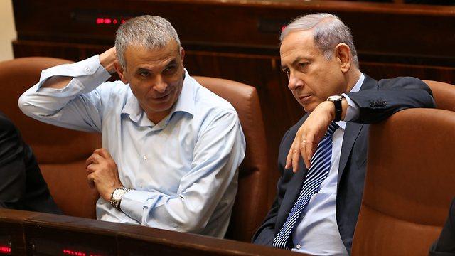 Finance Minister Moshe Kahlon and Prime Minister Benjamin Netanyahu (Photo: Alex Kolomoisky)