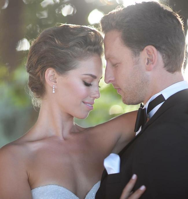 ביום חתונתם. שטרן וגרוצקי (צילום מסך)