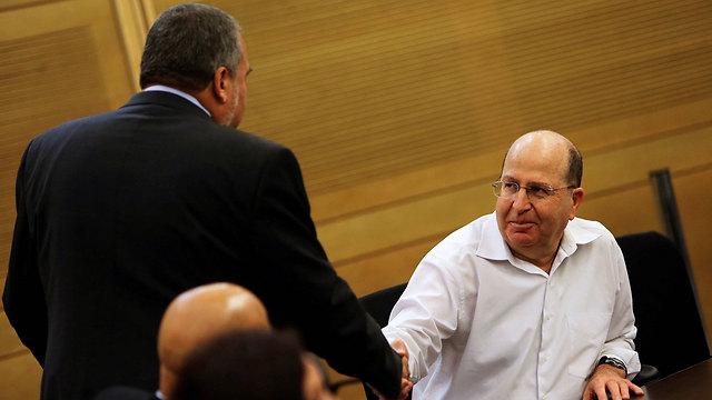 Lieberman and Ya'alon in 2013 (Photo: Reuters)