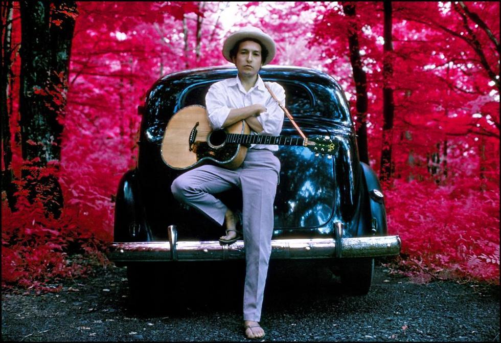 בוב דילן - הוא לא שם (צילום: אליוט לנדי) (צילום: אליוט לנדי)