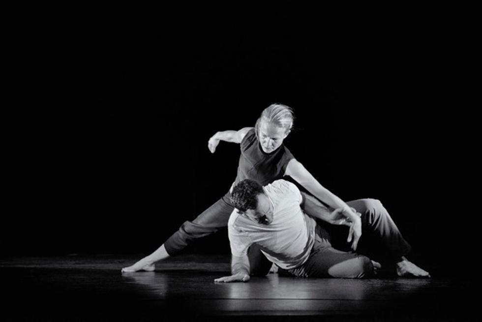 ריקוד מאוד פיזי. פלומין ופרנזן בהופעה צילום: ניר אריאלי