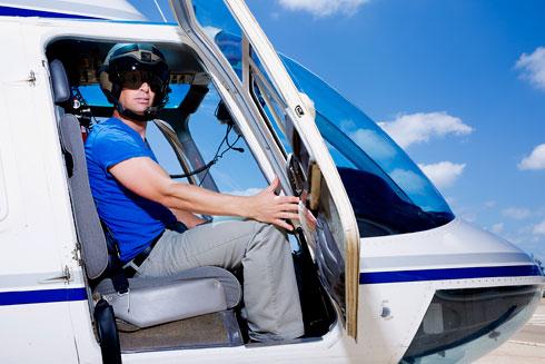 """אודי, טייס מסוקים: """"אני מרחף בתוך גרף המוות"""". הקליקו על התמונה (צילום: ענבל מרמרי)"""