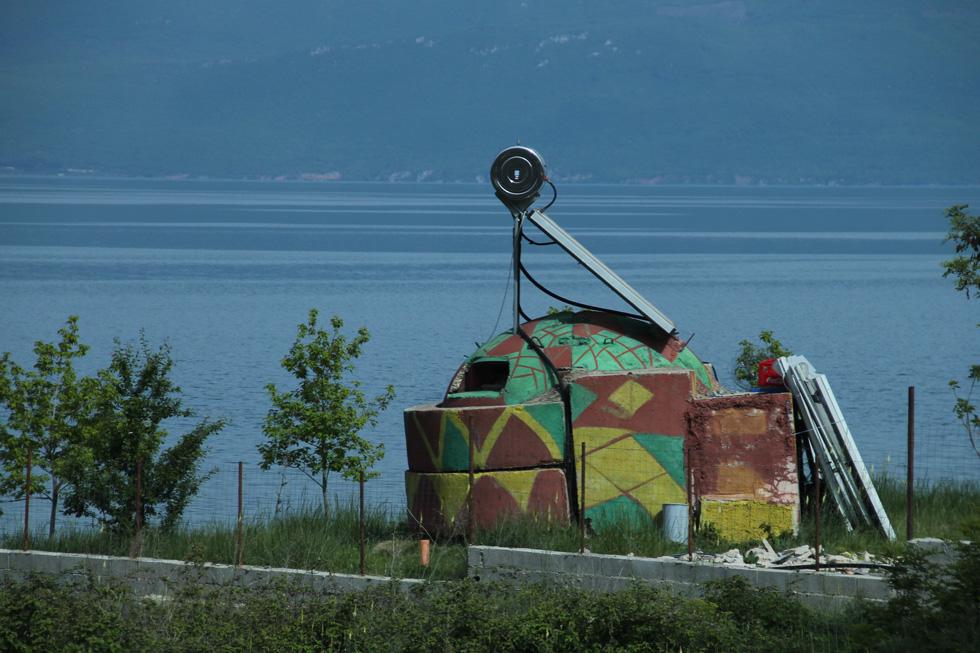בונקר אישי לכל אזרח. הפרנויה של אלבניה - לחצו על התצלום (צילום: רון רוזנבלום)
