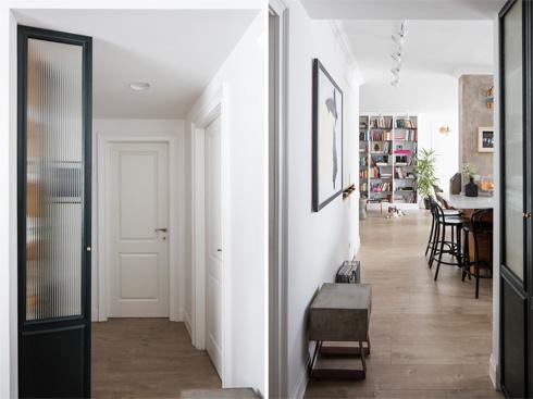 מבט מהמסדרון המחבר בין חדרי השינה לסלון, ולהיפך (צילום: אביעד בר נס)