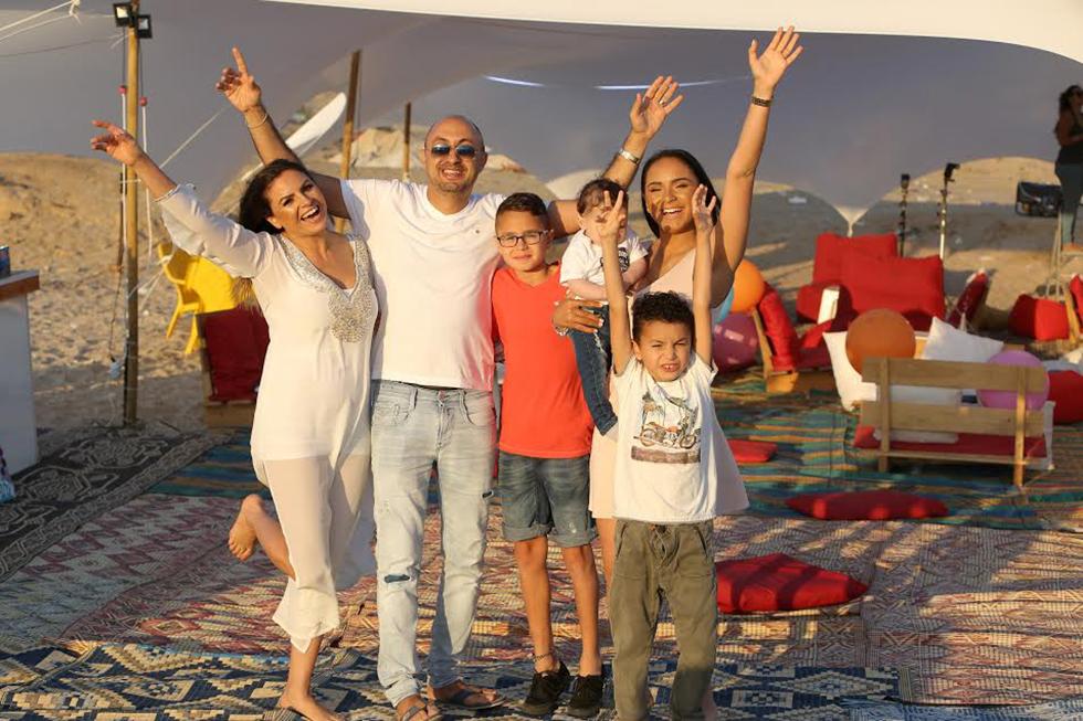 איילין, דניאל, איתי, אייל, רוני ואזיתה אינסאז (צילום: אסף לב)