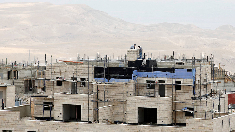 Construction in Ma'ale Adumim (Photo: Reuters)