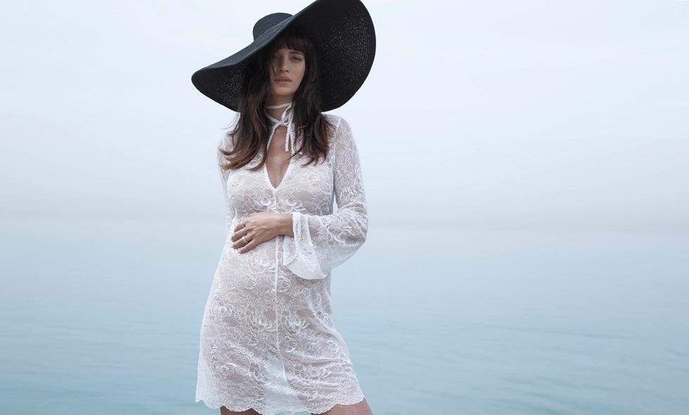 נטלי דדון לאבישג ארבל. מגוון שמלות ערב שיכולות להתאים גם לנשים לא הריוניות שמעדיפות גזרות משוחררות  (צילום טינו ואקה)