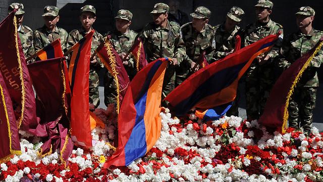 טקס הזיכרון של ארמניה לנרצחים. רק כמה עשרות מדינות הכירו (צילום: AFP) (צילום: AFP)