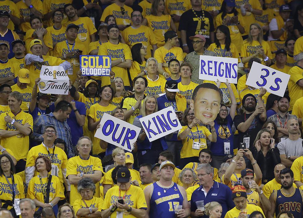 קרי הוא אהוב הקהל (צילום: AP) (צילום: AP)