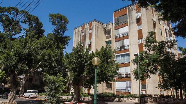 רחוב הרצל בכפר סבא. 1.95 מיליון שקלים לדירה - הכי גבוה (צילום: עידו ארז) (צילום: עידו ארז)