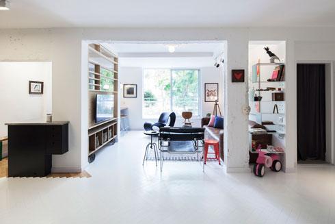 ואיך נראית דירתם של צמד המעצבים? לחצו על התצלום (צילום: אביעד בר נס)