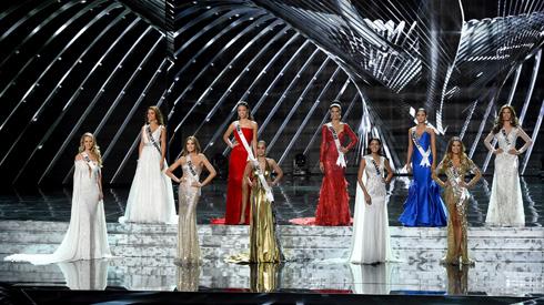 """""""אצלי זה לא היה קורה"""", אמר טראמפ על הטעות בהכרזת הזוכה בתחרות מיס יוניברס 2015 (צילום: Gettyimages)"""