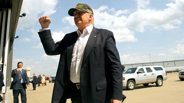 בעתות מצוקה הציבור האמריקני מחפש אחר מנהיג חזק. טראמפ (צילום: AFP) (צילום: AFP)