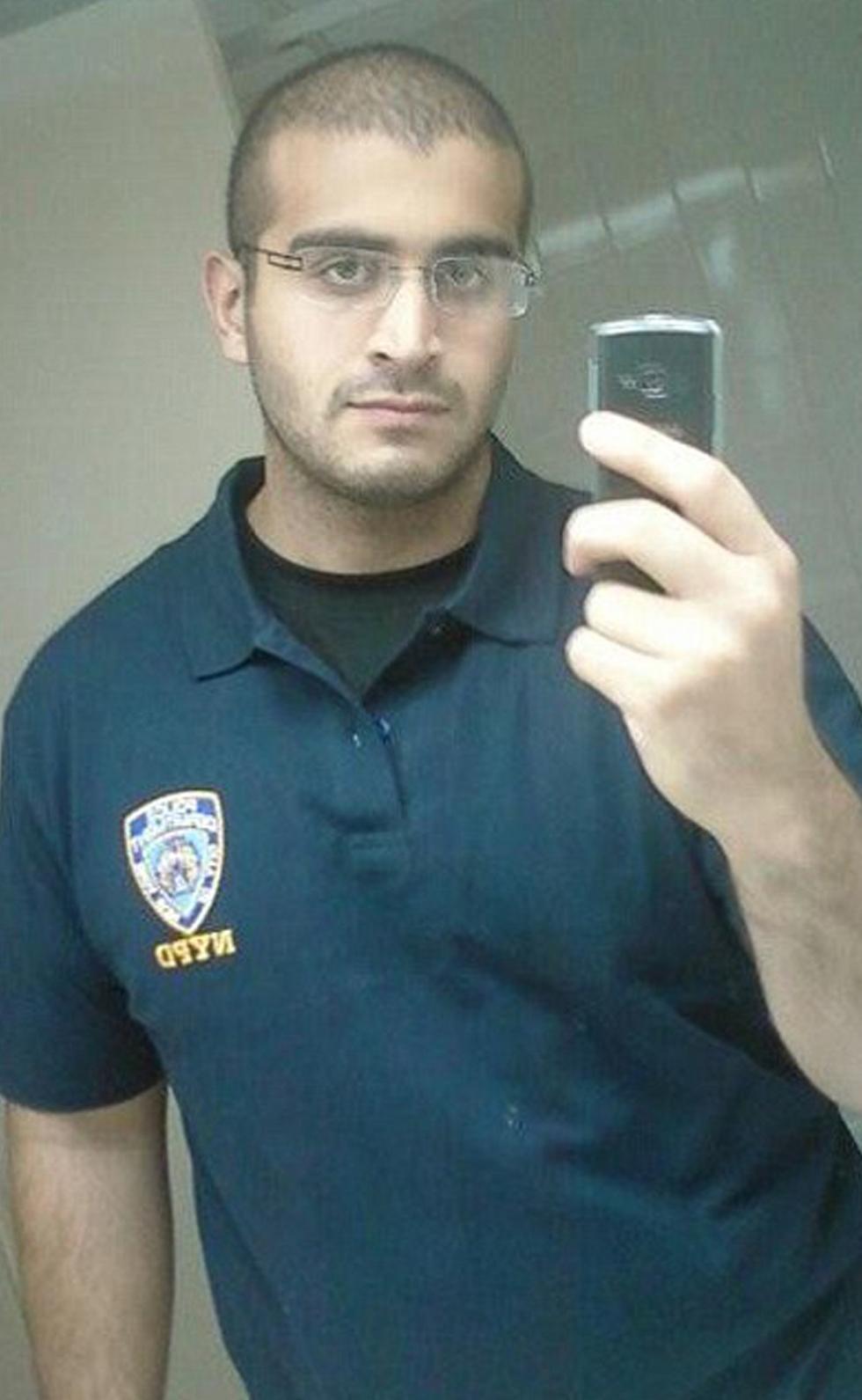 כנראה זאב בודד בשם דאעש. עומאר מאטין ()