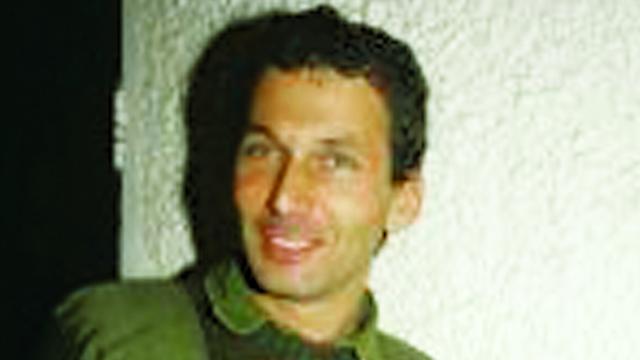 MK Omer Bar-Lev during his military service (Photo: IDF Spokesman)
