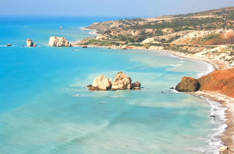 יעד שתשמעו הרבה הקיץ: חופי פאפוס, קפריסין (צילום: סמארטאייר) (צילום: סמארטאייר)