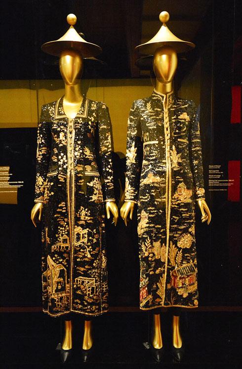 בחינה של השפעות האימפריה הסינית על תעשיית האופנה בתערוכה במוזיאון המטרופוליטן (צילום: Gettyimages)