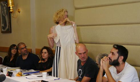 מאיה נגרי עם שמלה של טלי קושניר (צילום: איל בן משה - 2team)
