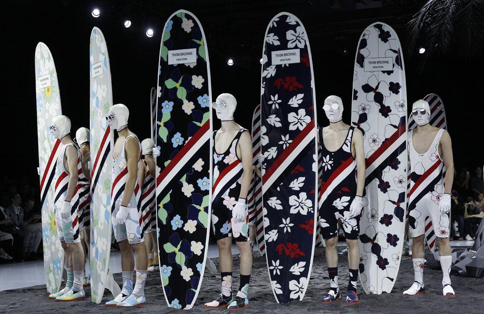 הפינאלה הדרמטית של שבועות האופנה לגברים. תום בראון (צילום: Gettyimages)