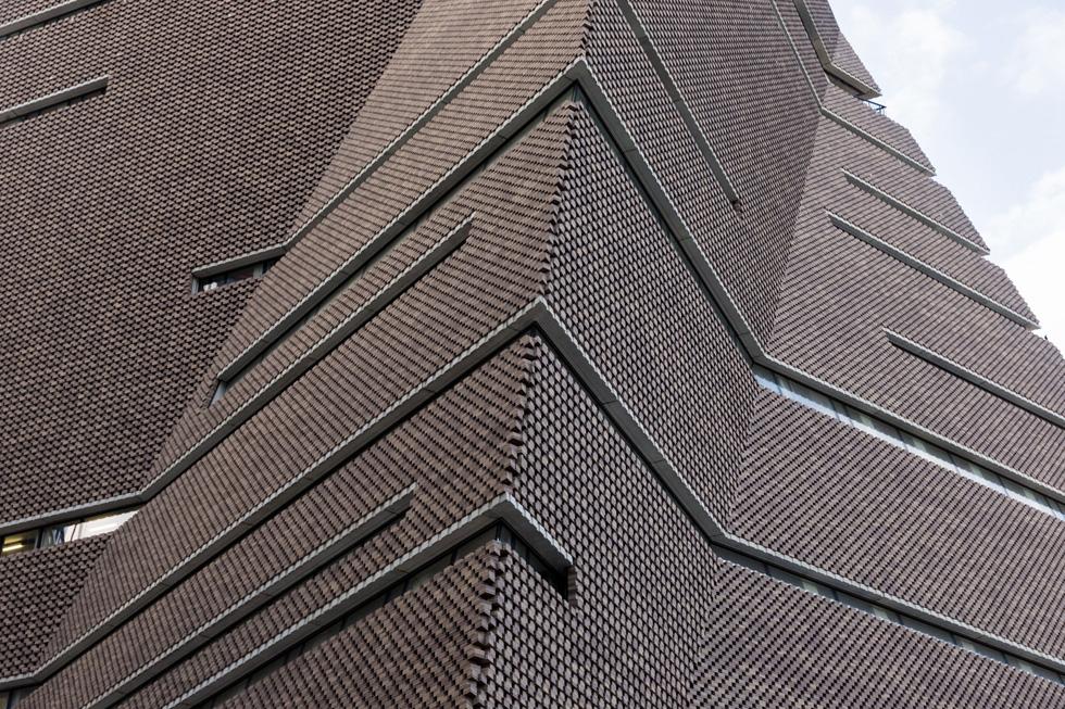 וזו התוצאה: פירמידת הלבנים של צמד האדריכלים השווייצרי, מתכנני הספרייה הלאומית בירושלים בין שלל הפרויקטים שלהם (צילום: Iwan Baan)