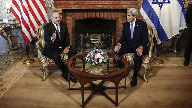 Prime Minister Netanyahu and US Secretary of State Kerry (Photo: EPA)