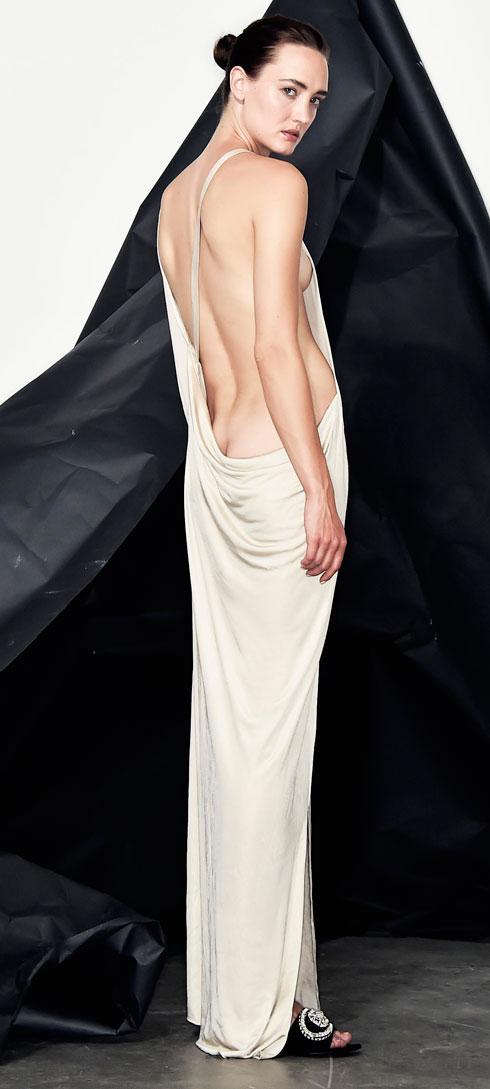 מעניין מה תגיד קרולינה הררה על השמלה של עידן לרוס בהשראת הבושם 212  (צילום: איתן טל)