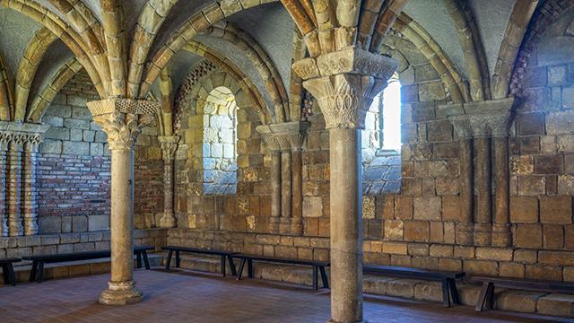 """מנזר מימי הביניים בעיר הכי עדכנית שיש: מוזיאון """"קלוייסטרס"""" (צילום: shutterstock) (צילום: shutterstock)"""