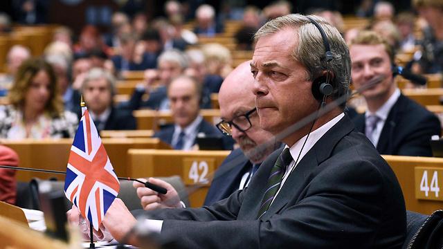 נייג'ל פראג'. ימלא את החלל שהותיר ג'ונסון (צילום: AFP) (צילום: AFP)