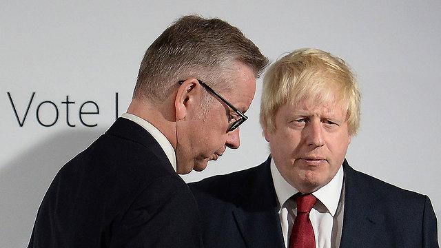 """""""בוריס ג'ונסון לא יכול לספק את המנהיגות הנדרשת"""". ראש העיר לונדון לשעבר עם שר המשפטים מייקל גוב (צילום: AFP) (צילום: AFP)"""