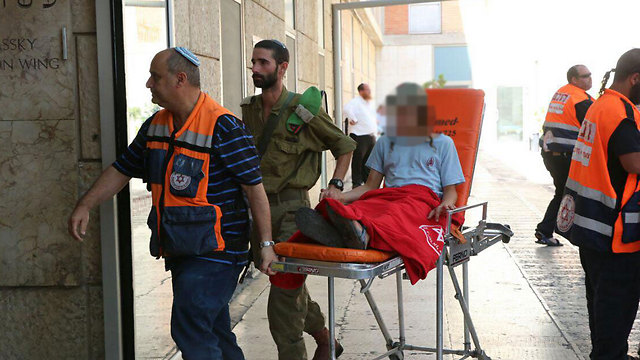 A wounded child arriving at Hadassah Medical Center (Photo: Hillel Meir/TPS)