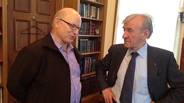 """ד""""ר יואל רפל עם אלי ויזל (צילום: דורית רפל) (צילום: דורית רפל)"""