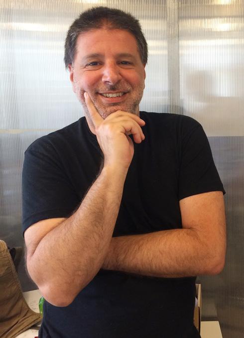 האדריכל אלון בן נון, מייסד ''בתים מבפנים'': ''גם אני לא ידעתי כלום''