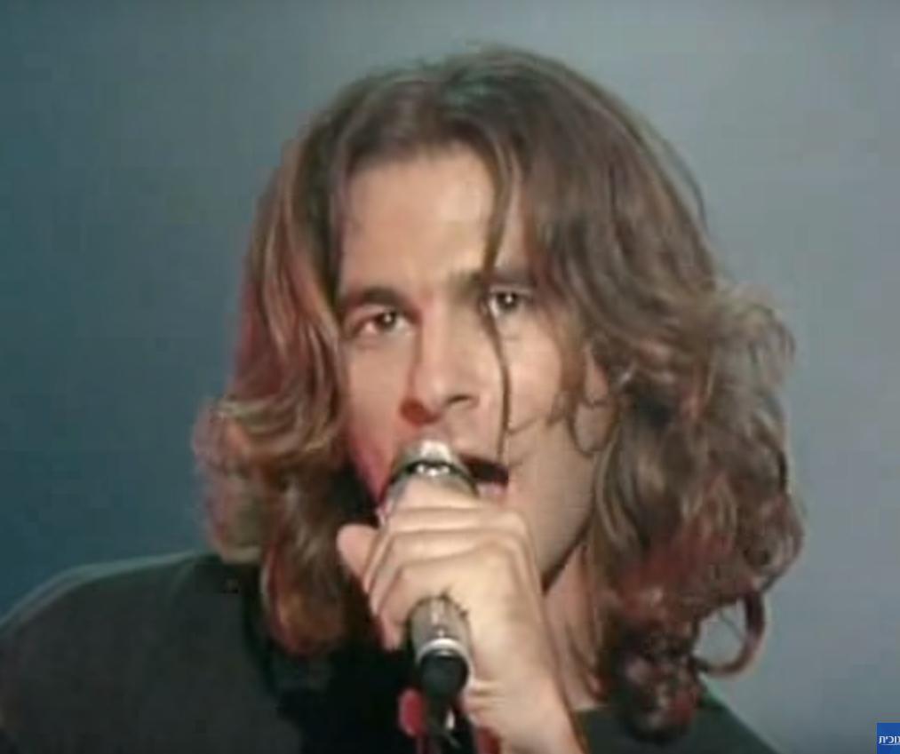 מולדאבי בתקופת פעילות הלהקה (צילום מסך) (צילום מסך)