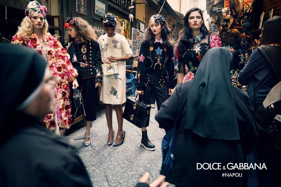 דוגמניות ונזירות בנאפולי. דולצ'ה & גבאנה