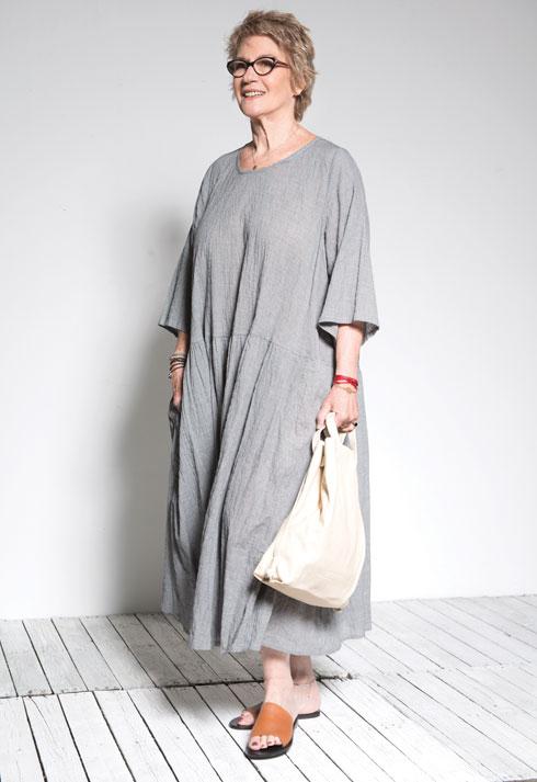 שמלה, 1,098 שקל, אלמביקה; נעליים, 390 שקל, sol sana (צילום: עדו לביא, סטיילינג: תמי ארד-ברקאי)