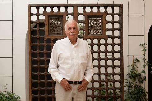 משה ספדיה, שמשפחתו החזיקה בבניין אך לא הצליחה לגור בו: ''לא הייתי הורס אותו'' (צילום: גדעון לוין)