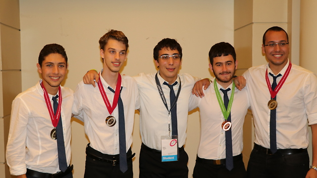 The Israeli International Physics Olympiad team.
