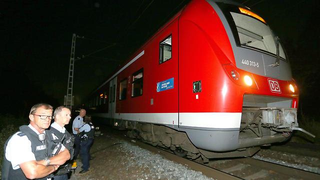 זירת האירוע בבוואריה, אמש (צילום: EPA) (צילום: EPA)