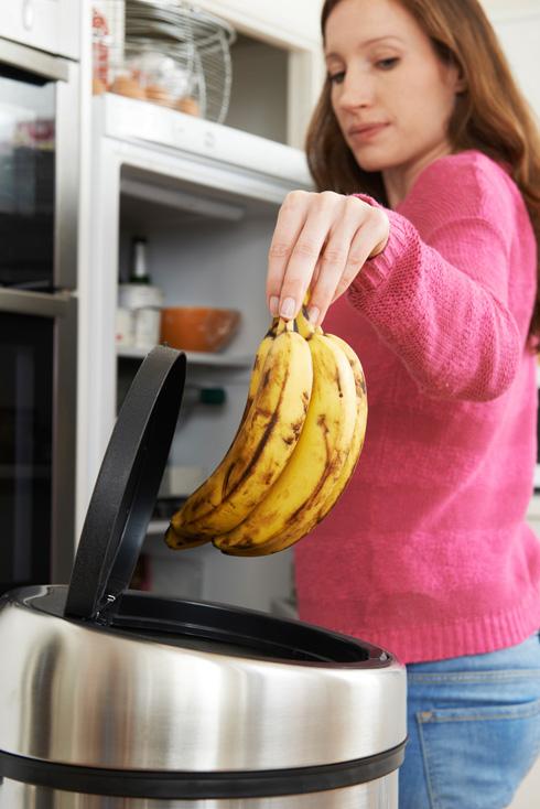 בננות. לשמור מחוץ למקרר (צילום: Shutterstock)