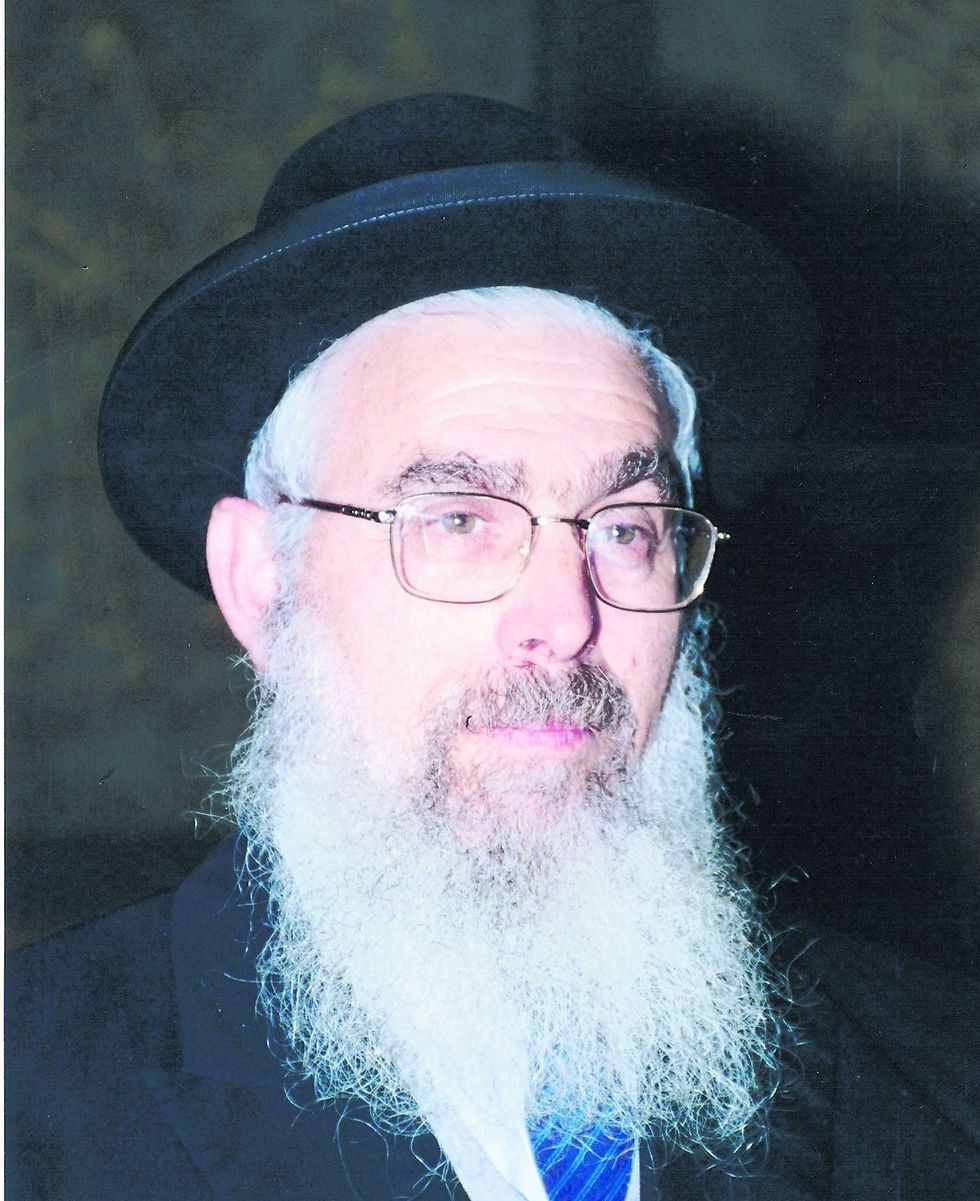 Prominent Religious-Zionist rabbi Yaakov Ariel, one of the signatories on the petition