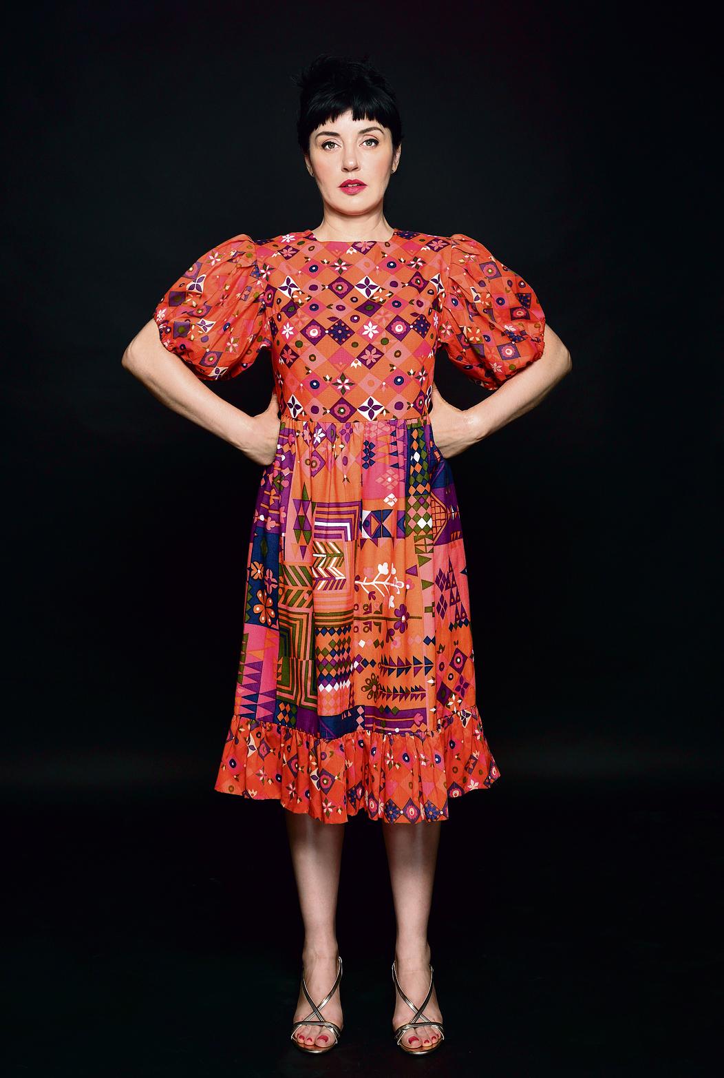 שמלה: 650 שקל, משכית וינטג' לקאסימה, נחלת בנימין 23, תל־אביב. סנדלים: 199 שקל לפני הנחה, מנגו