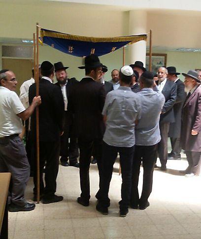 הרב שגירש - הוא הרב שקידש (צילום: דוברות בתי הדין) (צילום: דוברות בתי הדין)