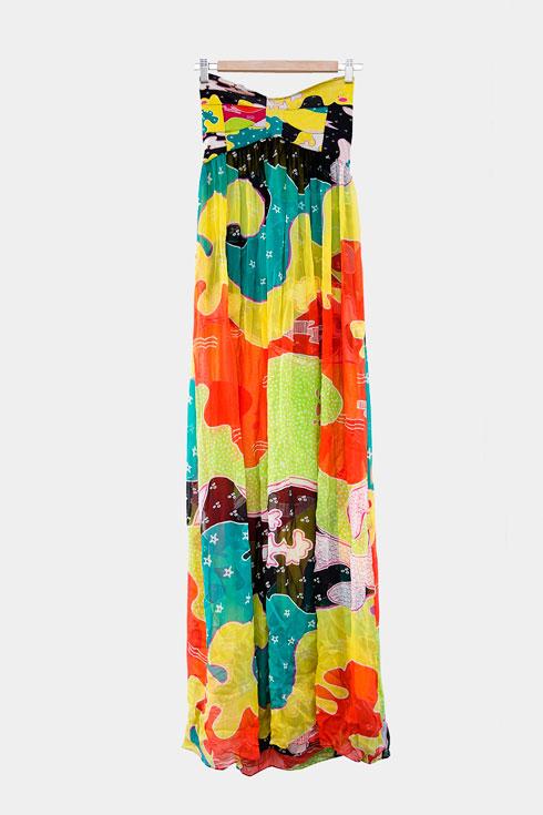 שמלת סטרפלס עם הדפס, דיאן פון פירסטנברג (צילום: ענבל מרמרי)