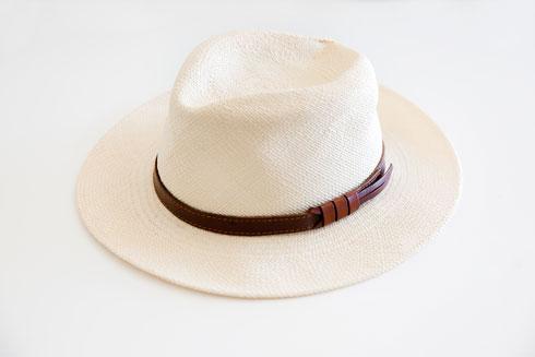 כובע פנמה  (צילום: ענבל מרמרי)
