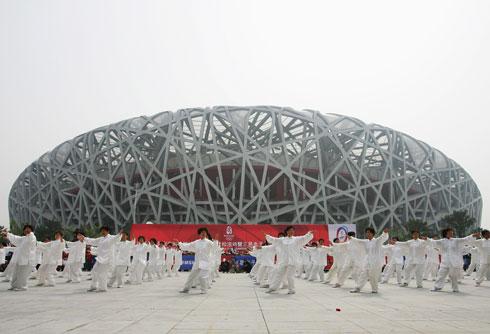 ''קן הציפור'', האצטדיון האולימפי של בייג'ין. האסוציאציה היא מיידית, למרות ההבדלים המתבקשים (צילום: Gettyimages)